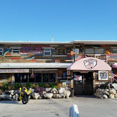 Hog Heaven Sports Bar & Grill