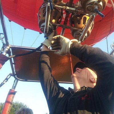 Pilot adjusting the burners for take off