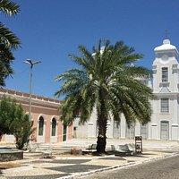 A Igreja e a praça