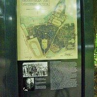 Übersichtskarte und Beschreibung der Geschichte des Parks