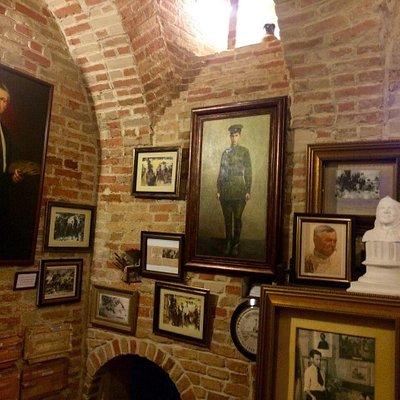 Музей-галерея Прикладной Керамики И Живописного Творчества Ильи и Алексея Бурлай