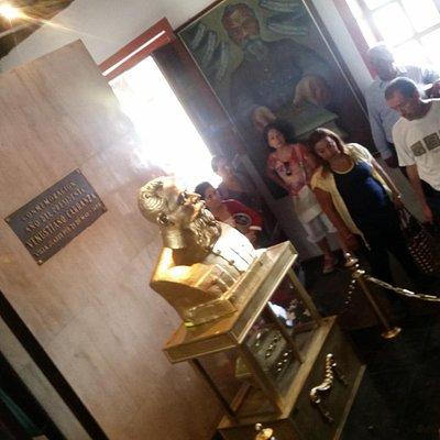 Museo Carranza, y un busto donde se encuentran sus entrañas