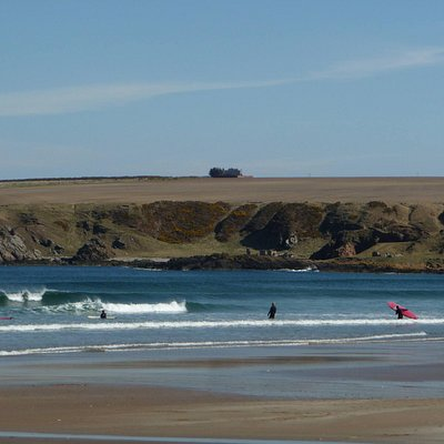 Suds Surf School lesson at Sandend, Banffshire on the Moray Firth