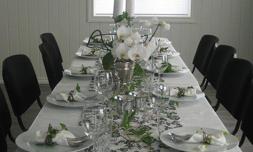 Dekket bord til selskap