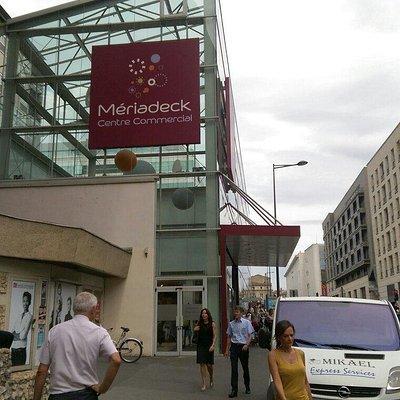 Entrée Centre commercial