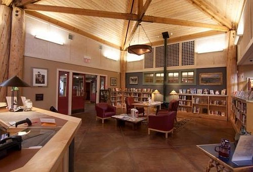Sublette County Library - Pinedalde