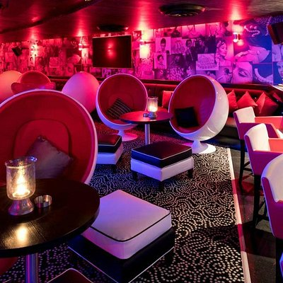 The Pearl Lounge