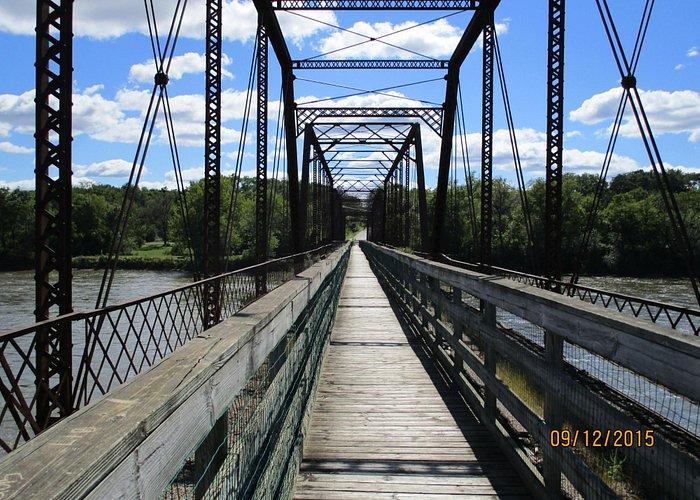 Bentonsport bridge