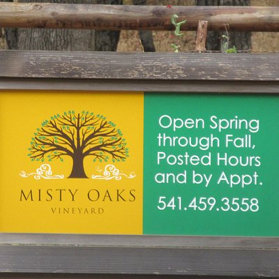 Misty Oaks Winery, Oakland, Oregon