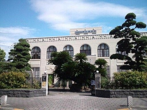 大正11年建立の見事な建物