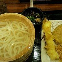 丸亀製麺 毎月1日曜は釜あげうどん半額!