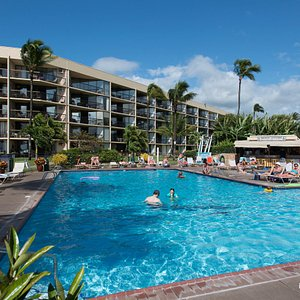 The Pool at the Maui Sunset Condos