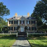 Longfellow house exterior