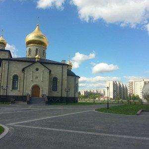 Новая церковь в Киришах