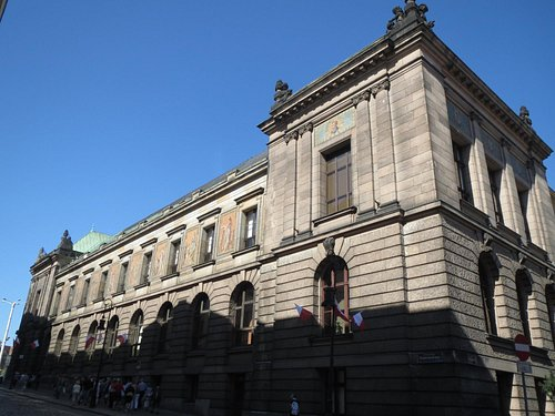 National Museum Side view