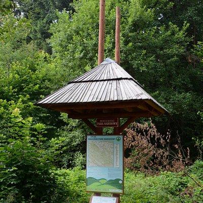 Magurski Park Narodowy - entry signs