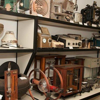 Foto dos equipamentos do museu