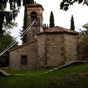 Chiesa di ss trinità pecolle