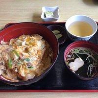 松茸丼をいただきました。