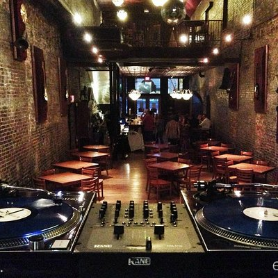 DJ setup, ready to rip!