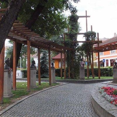 Beautiful memorial to the Hungarian heroes.