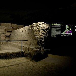 Archäologische Informationsstelle Aussenkrypta