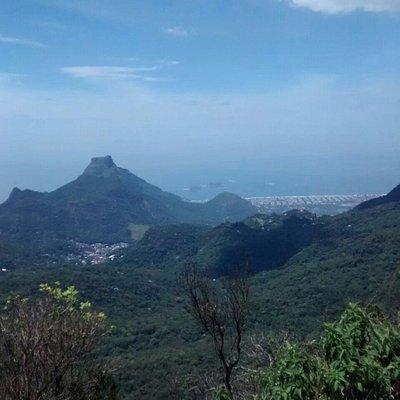Pedra da Gávea vista da Floresta da Tijuca