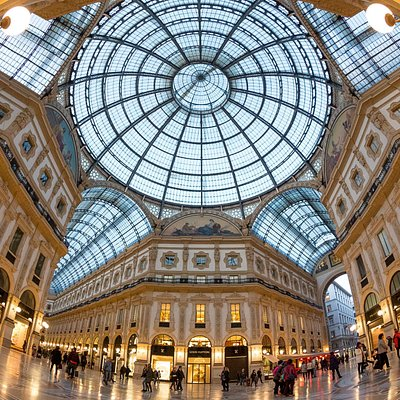 Classic Milan Photo Tour