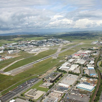 Flying lessons from Aberdeen International Airport