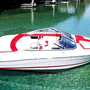 Ski Boat Rental-20' Four Winns