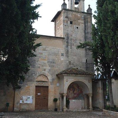 la facciata della chiesa di san Giustino