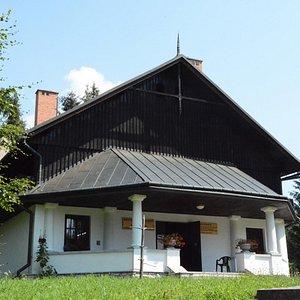 Entrance Pavilion in Czorsztyn