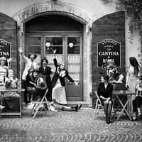 la compagnia del piccolo teatro in via Barbato
