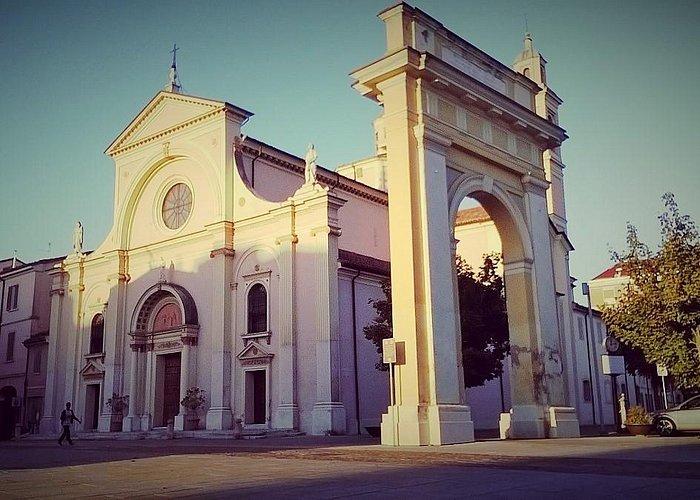 S. Maria Assunta e S. Cristoforo in Castello