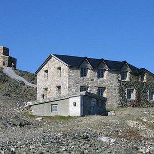 The old Northern Lights observatory at Haldde Mountain.