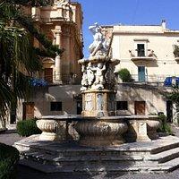 фонтан у церкви сан доменико