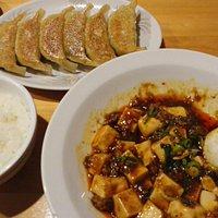 ピリッと辛めのマーボー定食!