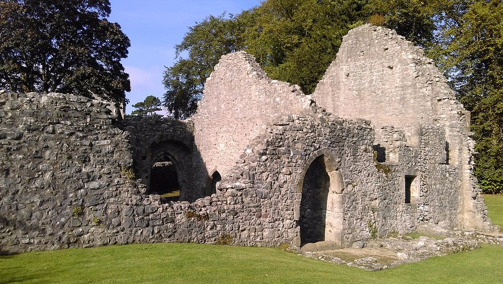 Outer wall of the hall
