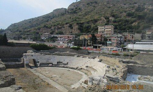 Théâtre Romain d'Albintimilium de Vintimille (différents points de vues)