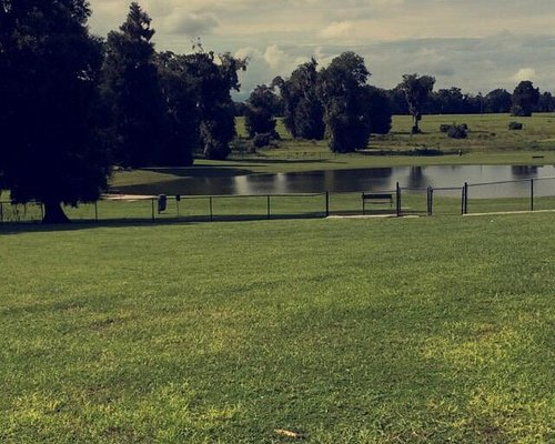 Such a beautiful and nice park