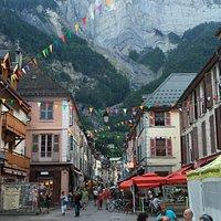 High St La Bourg