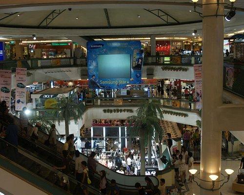 Bangkok. Centre commercial Central Lad Phrao.(quartier de Chatuchak).