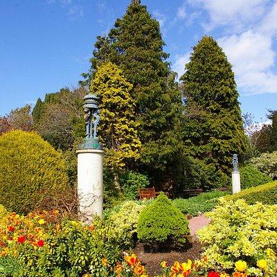 Burns Monument Gardens - Alloway