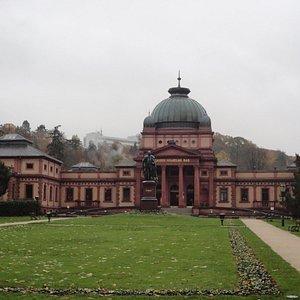 温泉町バート・ホンブルグが誇るカイザー・ウィルヘルムス温泉