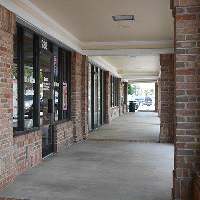 Crossroad Plaza