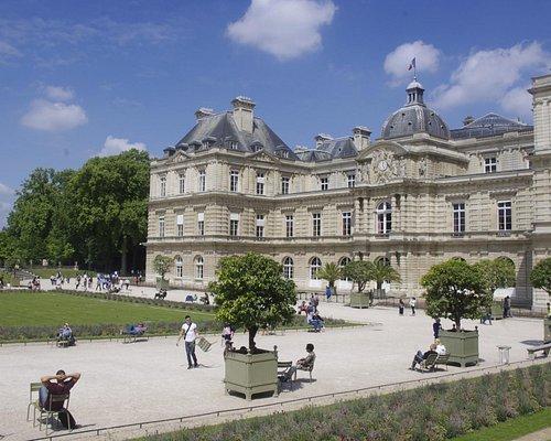 palace area