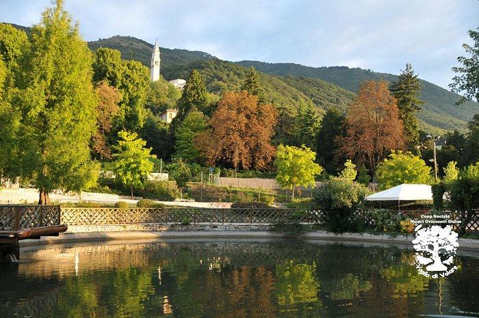 Panoramica dell'Oasi Rossi con il Santuario sullo sfondo