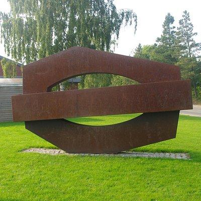 Bjert skulpturen