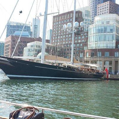 Water Taxi - Boston Logan to Battery Wharf