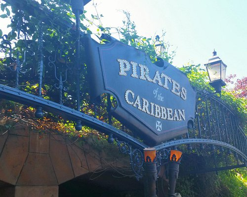Pirates of the Caribbean entrance